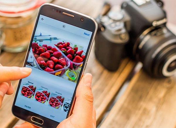 A Canon 200D conecta ao sua smartphone