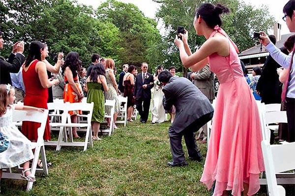 Quando o convidado atrapalha o fotógrafo